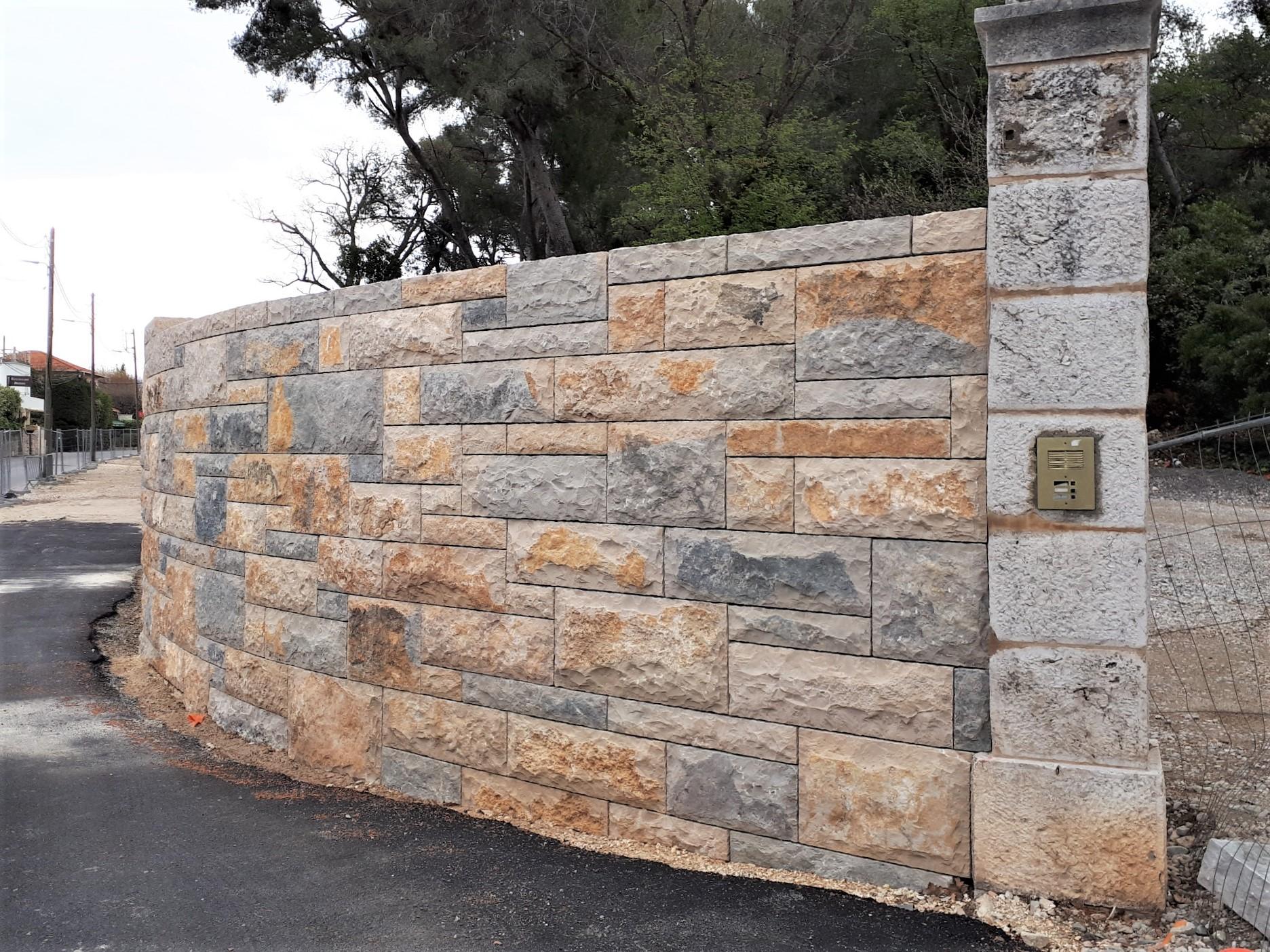 Mur En Pierre Naturelle mur en pierre naturelle avec modul'pierre modbloc
